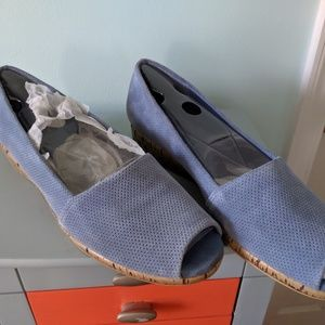 AEROSOLES Shoes - Blue leather open toe wedges 12M